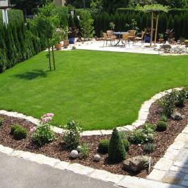 Gartenprojekt Ecke mit Hecke