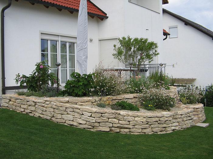 Gartengestaltung Mauersteine, steinwerk - gestalten mit steine im garten., Design ideen